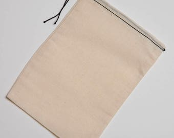 50 6x8 Cotton Muslin Black Hem and Black Drawstring Bags