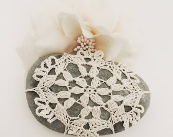 Lace Stone made in Italy, white Crochet covered stone, pillow rings, Home Decor, Beach Celtic wedding, wedding favor