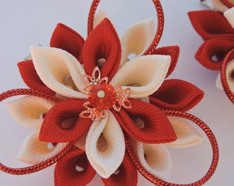Kanzashi Fabric Flowers. Set of 2 hair clips. Red and beige kanzashi. Japanese hair clip.