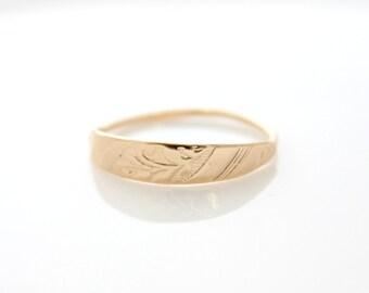 Floral Gold Ring • Gold stacking ring • Botanical texture gold ring