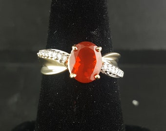 14k Gold Oval Red Ruby & Diamond Accent Swirl Promise Fashion Ring size 7 1/4