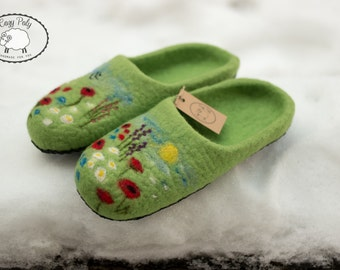 60th birthday Gift for Mother grandmother gift Felted Wool Slippers House Shoes Felt Slippers Woolen Clogs Felt Shoes Flowers Felted Clogs