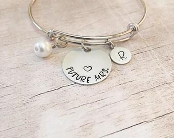 Bride Gift - Future Mrs Bracelet - Bride Bracelet - Bridal Shower Gift - Bridal Jewelry - Personalized Bride Bracelet - Engagement Gift