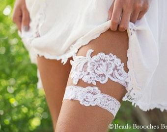 White Lace Wedding Garter, Beaded Flower Bridal Garter, White Wedding Garter Set, Floral Lace Garter set, Woodland Wedding Garter Set