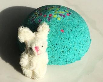 FIZZY FUZZY Bunny BOMB! 5 oz Surprise Bath Candy - Adorable Fuzzy Rabbit Inside! Party Favor Idea Babysitter Survival Kit Easter Christmas