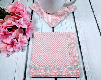 Peachy Keen - Handmade Quilted Coaster - Set of 2 - Mug Mats - Gift for Mom - Gift for Friends - Hostess Gift - Mother's Day - Teacher Gift