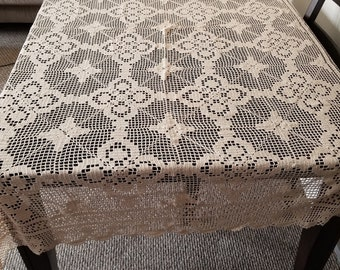 Crochet vintage table cloth