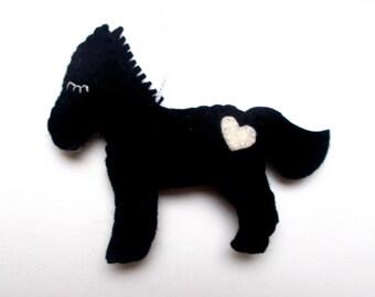 Black felt horse ornament - handmande felt ornaments - Christmas/Housewarming home decor - Baby shower ornaments - eco friendly