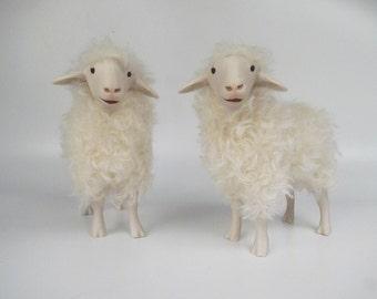Alpines Steinschaf Handmade Porcelain Sheep Figurine