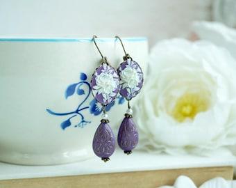 Flower Cameo Earrings Dangle Earrings White and Purple Earrings Leverback Earrings Romantic Vintage Style Earrings Wedding Accessories