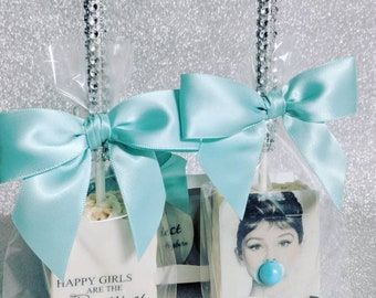 12 Audrey Hepburn inspired rice Krispy treats.