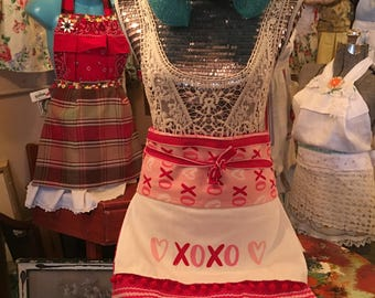 XOXO Sweetheart Apron Skirt