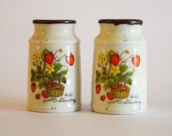 Cute strawberry salt and pepper shakers ceramic