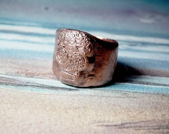 Gothic  unisex ring  :   mexican  skull  made to order in copper in your size   goldy(gold color) and white(silver colour)  Bronze possible