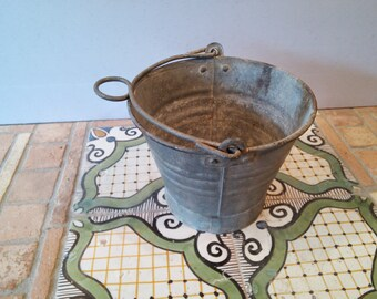 Rustic primitive - Bucket vintage 1950/1960 galvanized iron