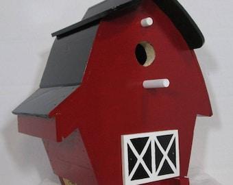Barn Birdhouse #716