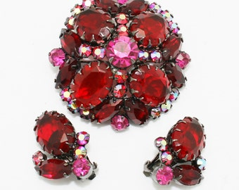 Vintage Juliana Brooch and Earrings Ruby Red