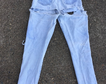 28x32 Levis high waist jeans light wash grunge faded perfect fade 26 27 28 30 32 size XS to S extra small 900 series mom jeans destroyed old