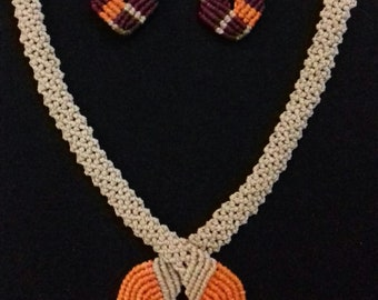 Macrame Jewerly Set: Necklace and Earrings