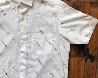 Vintage Large Linen Short Sleeve Button Up Shirt