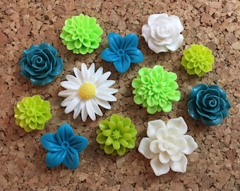 Flower Thumbtacks or Magnets Set of 12 - (#241) dorm decor, hostess gift, weddings, bridal shower, baby shower, gift, teacher gift