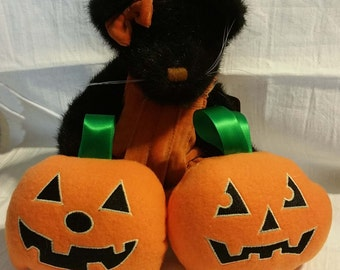 Pumpkin stuffies in the hoop designs - two faces - three sizes