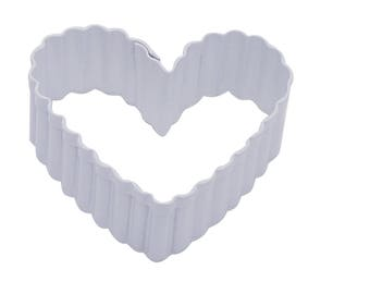 Fluted Love Heart Cookie Biscuit Cutter 6.4cm White Polyresin Metal Pastry Dough