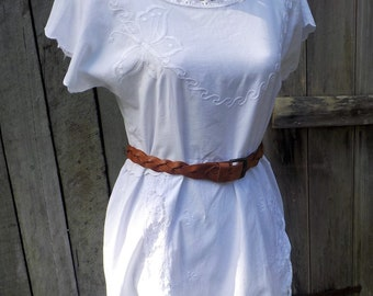 white embroidered linen + lace shift dress / tunic - medium