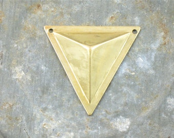 4 TRIANGLE faceted geometric jewelry pendant . 27mm x 26mm (S36s).