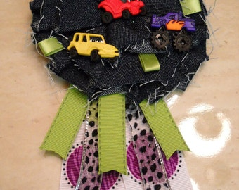 Cars mommy to be corsage