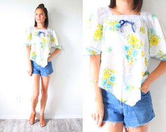 Floral yellow navajo blouse // Mexico lace crochet hippie top // festival style top // yellow floral boho top // bohemian // white blouse