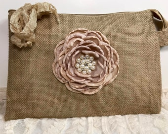 Bridesmaid Clutches, Bridesmaid Gifts, Wedding Clutches, Wedding Bags and Purses, Wedding Party Gifts, Rustic Wedding, Gift For Her, Burlap