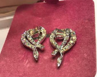 Vintage Rinestone Clip Earrings, 1 1/4 inch long (A12)