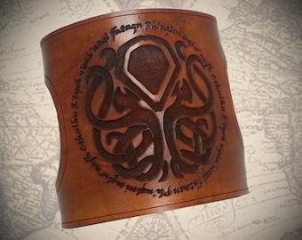 Steampunk Cthulhu leather cuff, Steampunk Cuff, Leather cuff, Steampunk bracer, Steampunk bracelet, Steampunk jewelry, Steampunk cufflinks