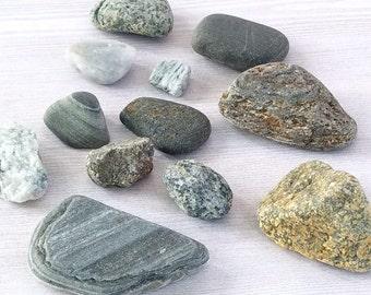 Colored Beach Rocks Beach Smooth Stones Beach Pebbles Craft Stones Aquarium Terrarium Rock Garden Stones Craft Rocks - 12 Beach Rocks (#6)