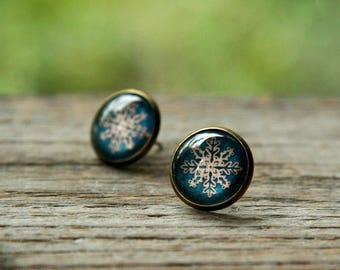 Vintage snowflake earrings, Christmas Earrings, Snowflake earrings, Christmas gift, Vintage Earrings, Winter earrings, winter jewelry, blue