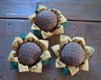 sunflower felt pincushion , pincushions , felt pin cushion, sewing materials, gifts for mom, sunflower pin cushion