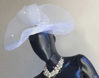 Vintage Collections White Fascinator with pearl and large rhinestons and Tulle embellishments,  One Size