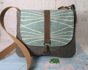 Colorado. Crossbody messenger bag - Southwestern purse - Tribal - Geometric - Vegan purse- Travel bag- Brown - Mint - Medium - Ready to ship