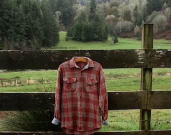 Soft salmon-color flannel (sz: M)