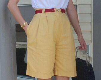 1980s 90s Size XS Small Yellow Canvas Cotton Linen Bermuda Pleated High Waist Shorts Separates