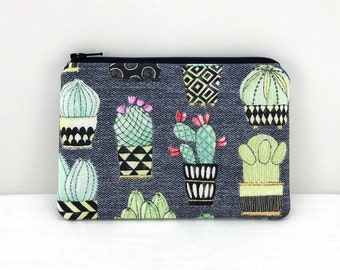 Cactus Pouch - Zipper Wallet - Cactus Coin Purse - Card Pouch - Gift ideas - Padded Pouch - Gray Change Purse - Zipper Pouch