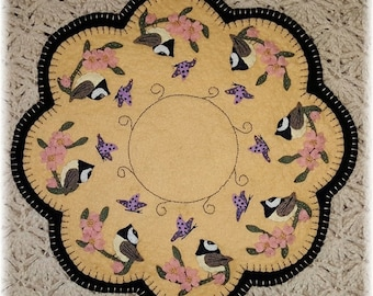 Primitive Penny Rug PATTERN - Spring Chickadees Candle Mat - PLP187