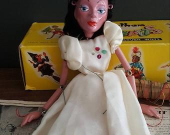 1964 Pelham Ballet fille marionnettes