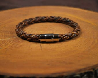 "Men's Leather Bracelet -- Fits 7-3/4"" Wrist"