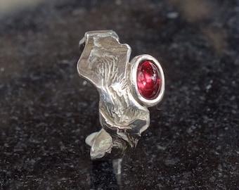 Silver ring, women, Garnet ring, crinkle, ring Garnet ring red stone, fondue, ring rustic ring, unique ring, Red