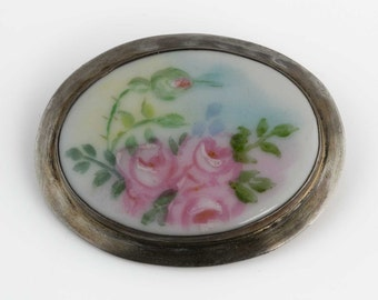 Edwardian Painted Porcelain Pin. pned67(e)