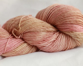 MAINE SOUP- super wash merino single ply speckle dyed 400 yards free shipping