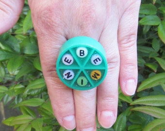 Trivial Pursuit ring - BE MINE