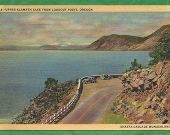 Vintage Linen Postcard - Automobiles on Lookout Point by Upper Klamath Lake in Oregon  (2835)